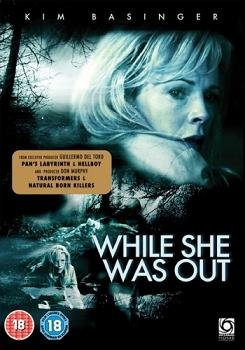 Пока ее не было / While She Was Out (2008) 3GP